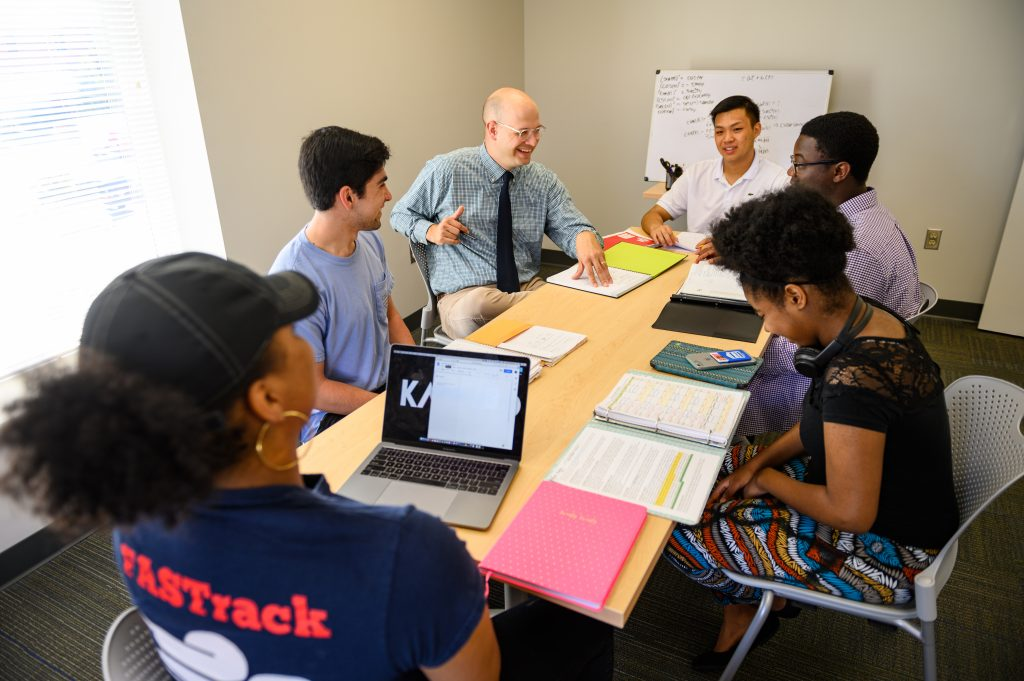 FASTrack Academic Mentors-16.JPG